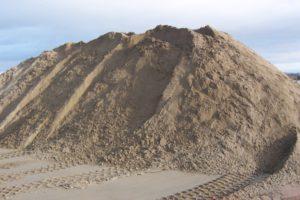 Купить песок карьерный в Санкт-Петербурге